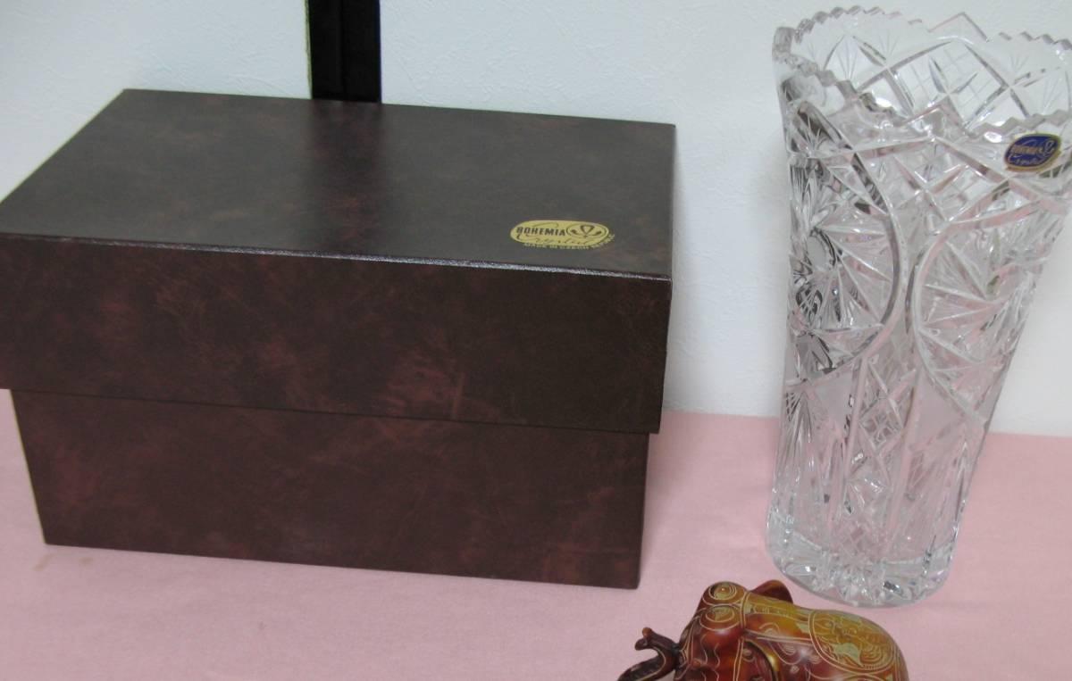 未使用 BOHEMIA CRYSTAL GLASS ボヘミア クリスタルガラス チェコ 花瓶 フラワーベース 高さ28cm  専用箱付 sc-6 / 310-92_画像2