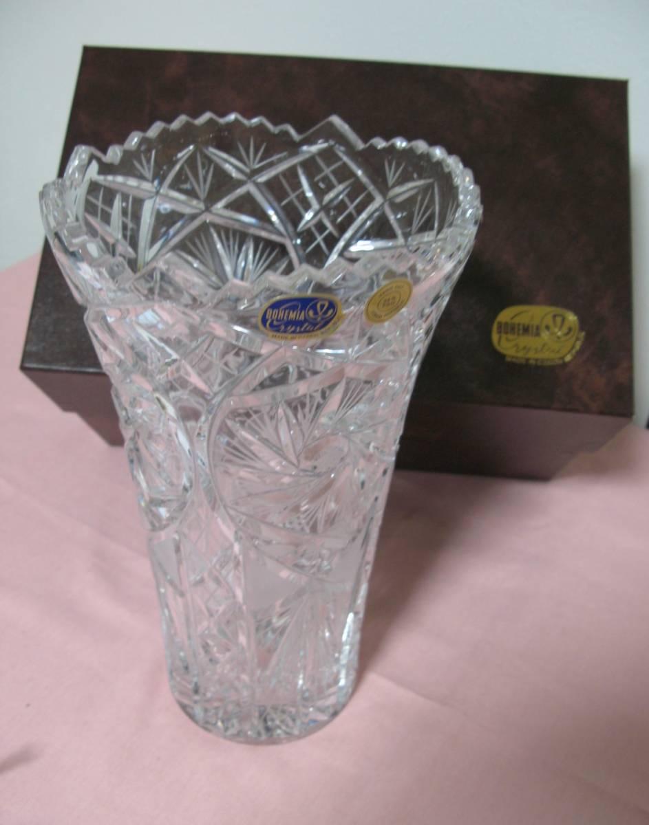 未使用 BOHEMIA CRYSTAL GLASS ボヘミア クリスタルガラス チェコ 花瓶 フラワーベース 高さ28cm  専用箱付 sc-6 / 310-92_画像1