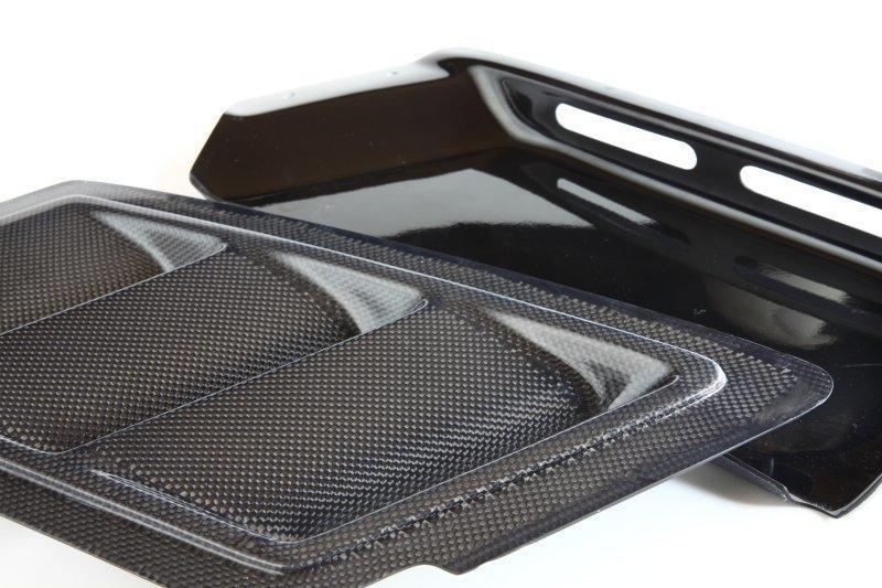 3D Design 3Dデザイン BMW E82 フードダクトキット カーボン使用(トレイはFRP)_画像4