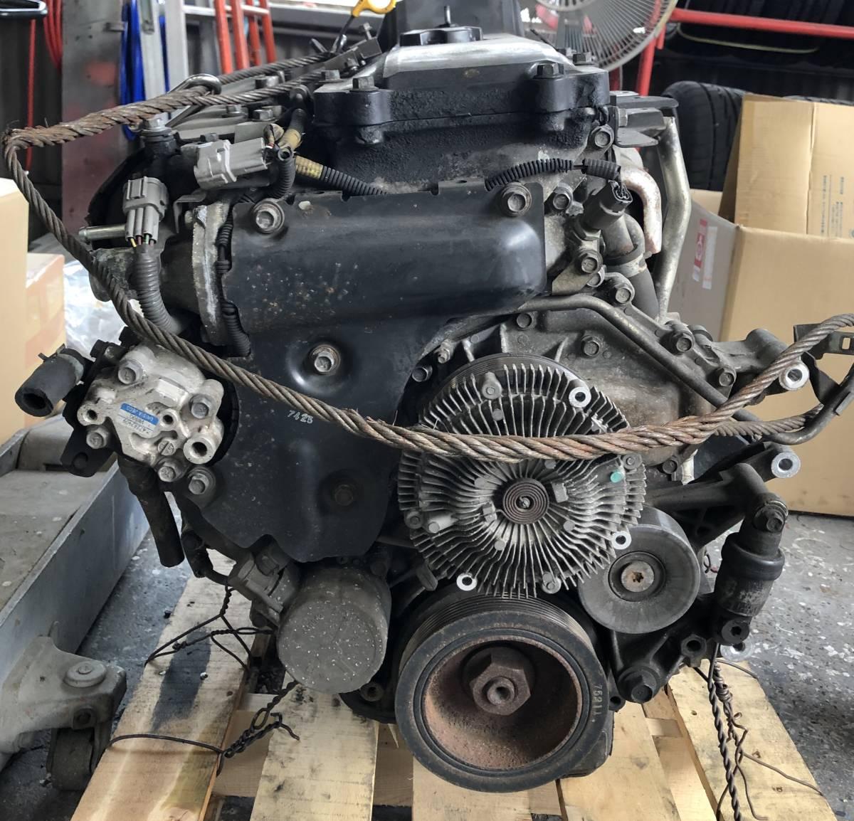 日産 キャラバン E25 エンジン ジャンク品_画像2