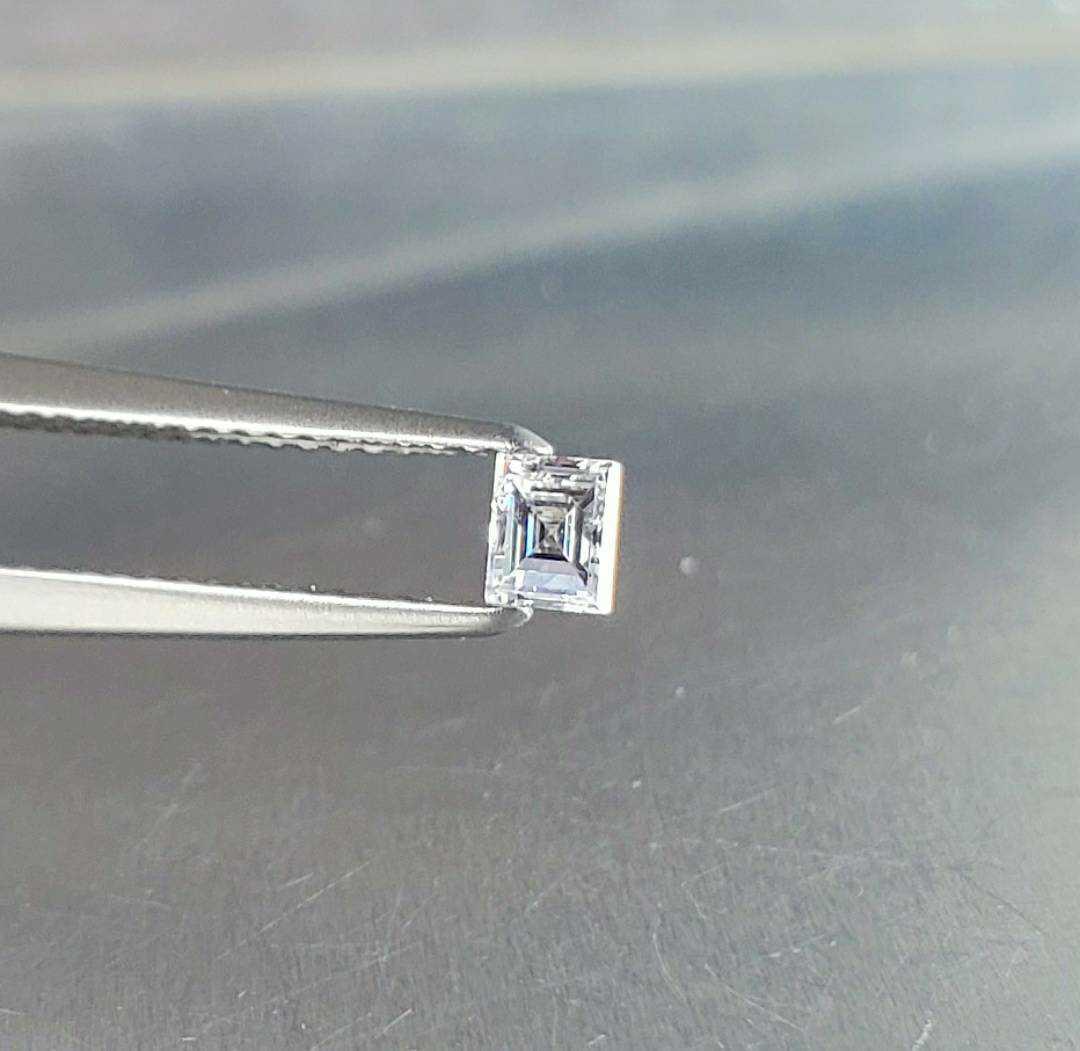 極上極美のDカラー/SI-1/0.228ct☆ダイヤ/ダイヤモンド バゲッド/エメラルド/スクエアカット ソーティング付き_画像2