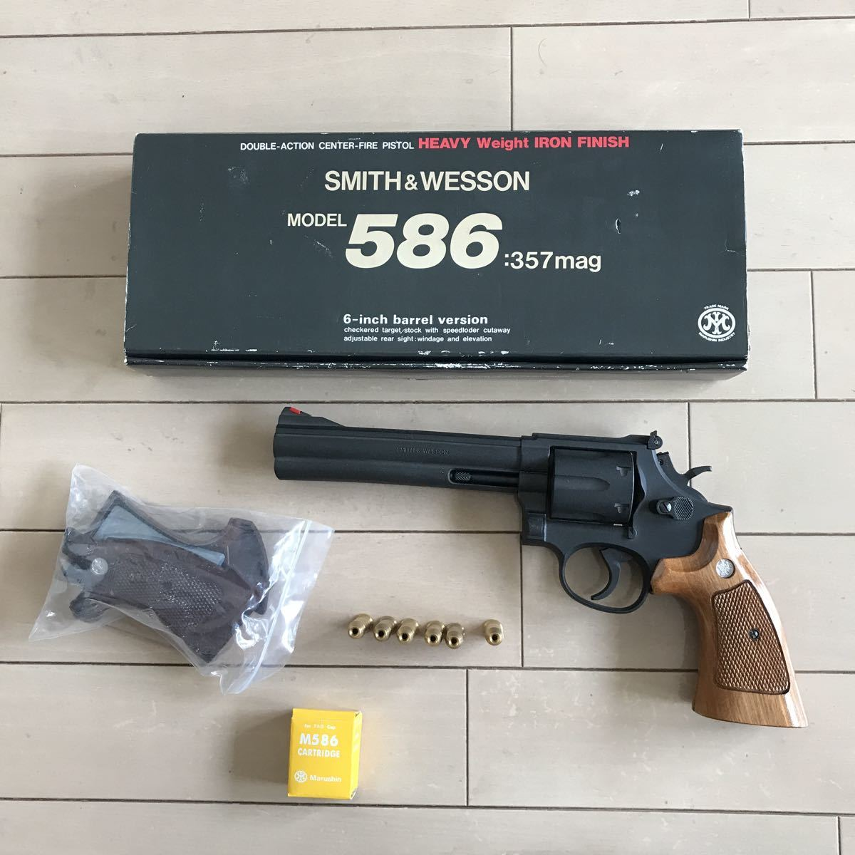 SMITH&WESSON 586 HEAVY weight iron finish 6inchマルシン _画像1