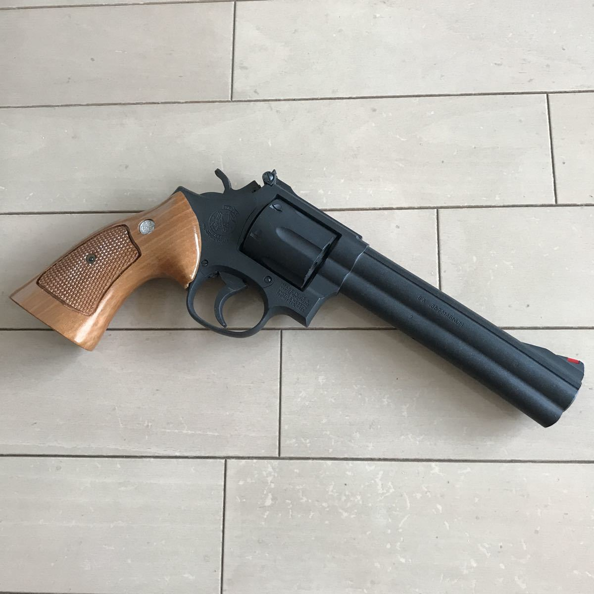 SMITH&WESSON 586 HEAVY weight iron finish 6inchマルシン _画像3