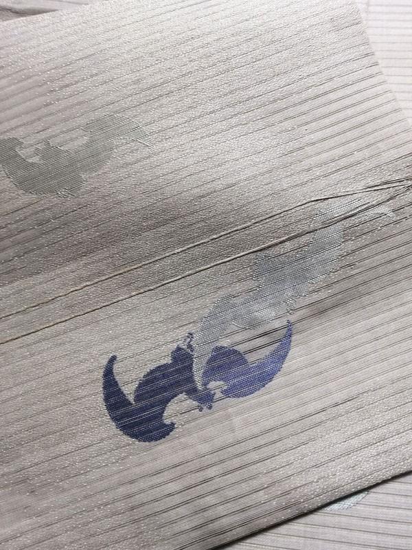 きものさらさ レア!蝙蝠柄 絽 丸帯 夏帯 コウモリ 動物柄 図変わり 正絹 大正ロマン アンティーク_画像2