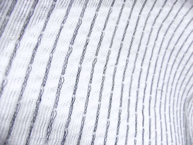 少し透ける 綿・麻 変り織生地 織の男ゆかた LLサイズ 白・グレー縞 新品_画像6