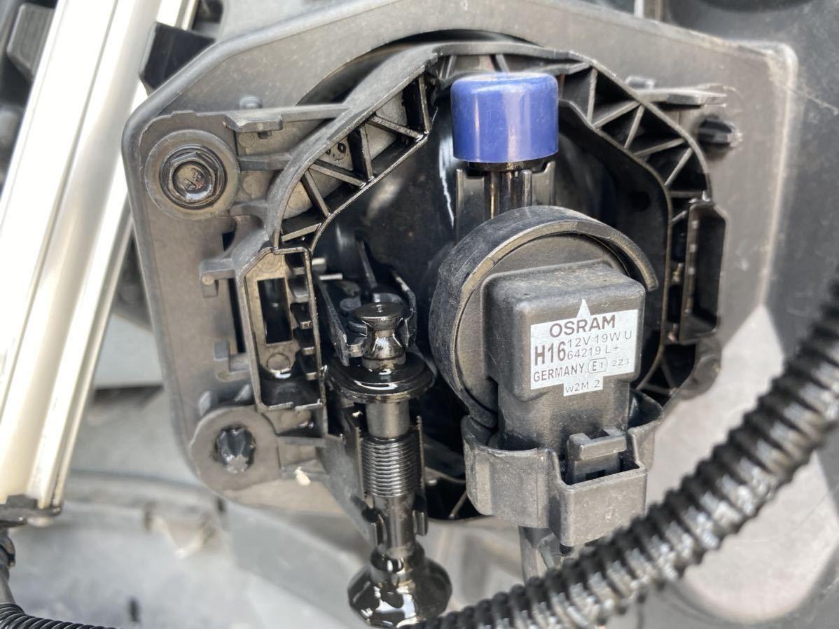 ルノー メガーヌ スポール RS 純正 フロント バンパー サポート ロアグリル デイライト カナード フォグ  セット カラー パール_画像8