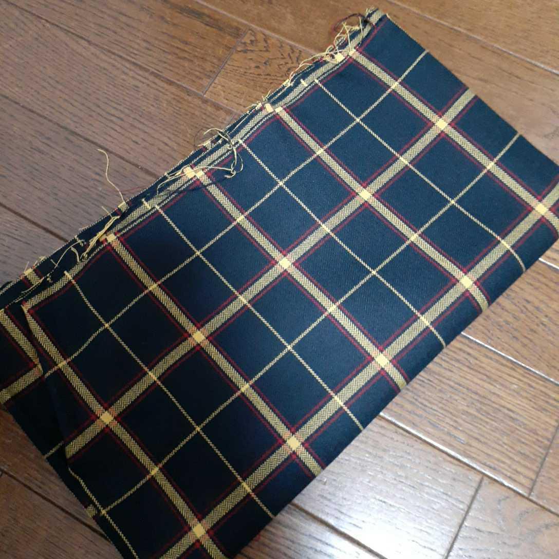 生地☆黒チェック☆サマーウール☆ブラウス、スカート制作などに☆150×86センチ☆はぎれあり