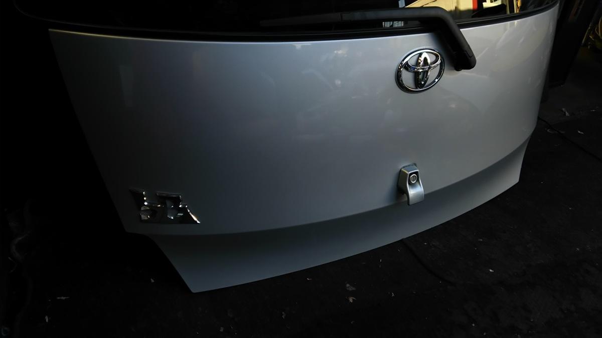 トヨタ bB QNC20 21 H21年 バックドア  S28 ブライトシルバーメタリック_画像6