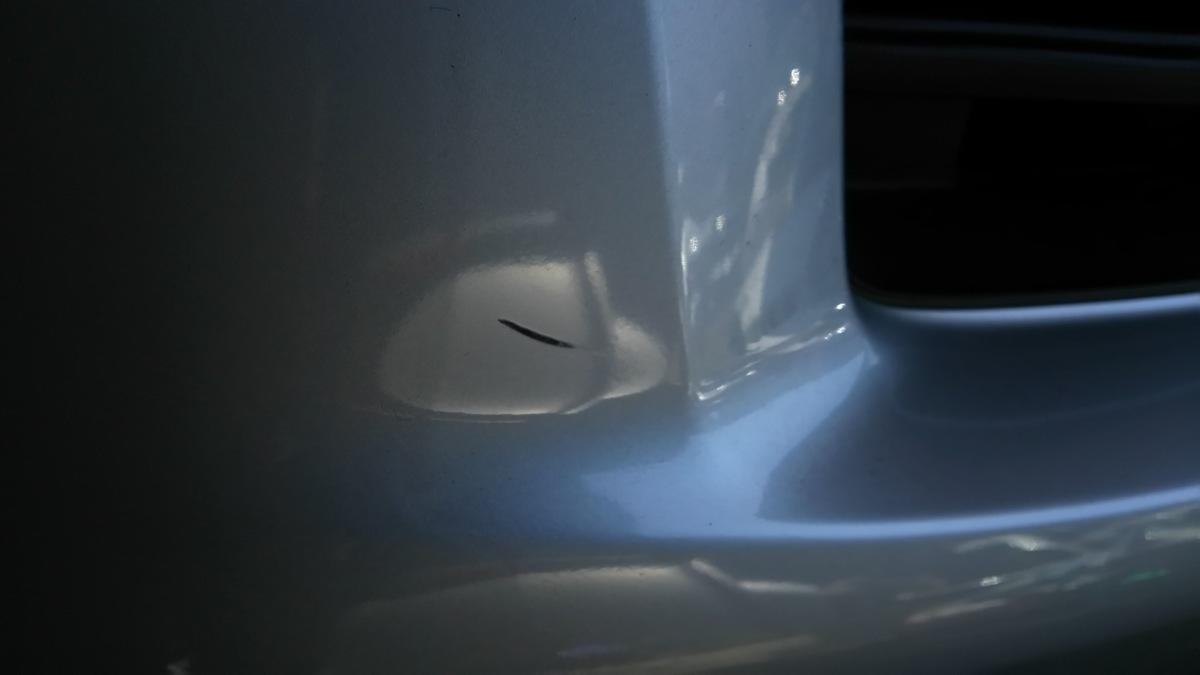 トヨタ bB QNC20 21 H21年 フロントバンパー S28 ブライトシルバーメタリック_画像7