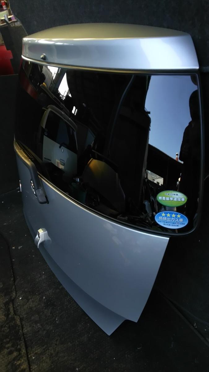 トヨタ bB QNC20 21 H21年 バックドア  S28 ブライトシルバーメタリック_画像3