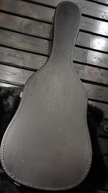 ■値下げ!!■下取OK!! メーカー不明 アコースティック?ギター用 Black ハードケース G1H19585
