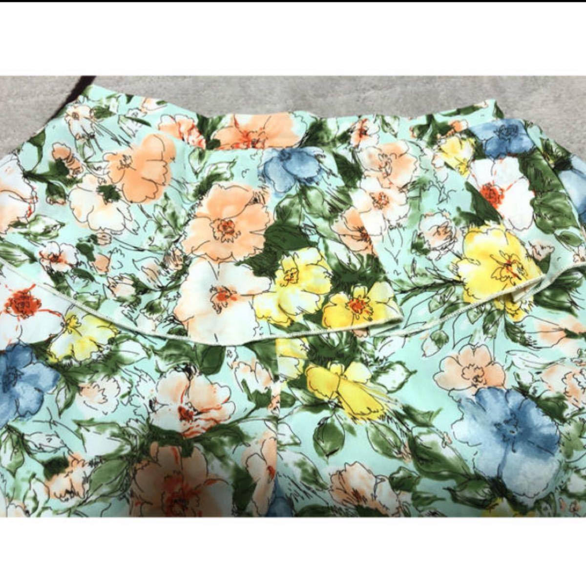 レトロガール 花柄ショートパンツ