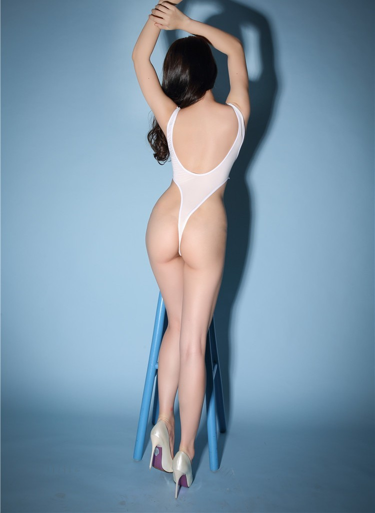 y8007 レオタード セクシー スケスケ 超セクシー コスプレ 極薄 衣装 体操着 ブルマ 水着 制服 ホワイト 匿名配送可_画像4