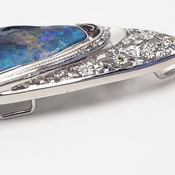 K18WG ボルダーオパール7.61ct ダイヤモンド ペンダント兼ブローチ 帯留 _画像9