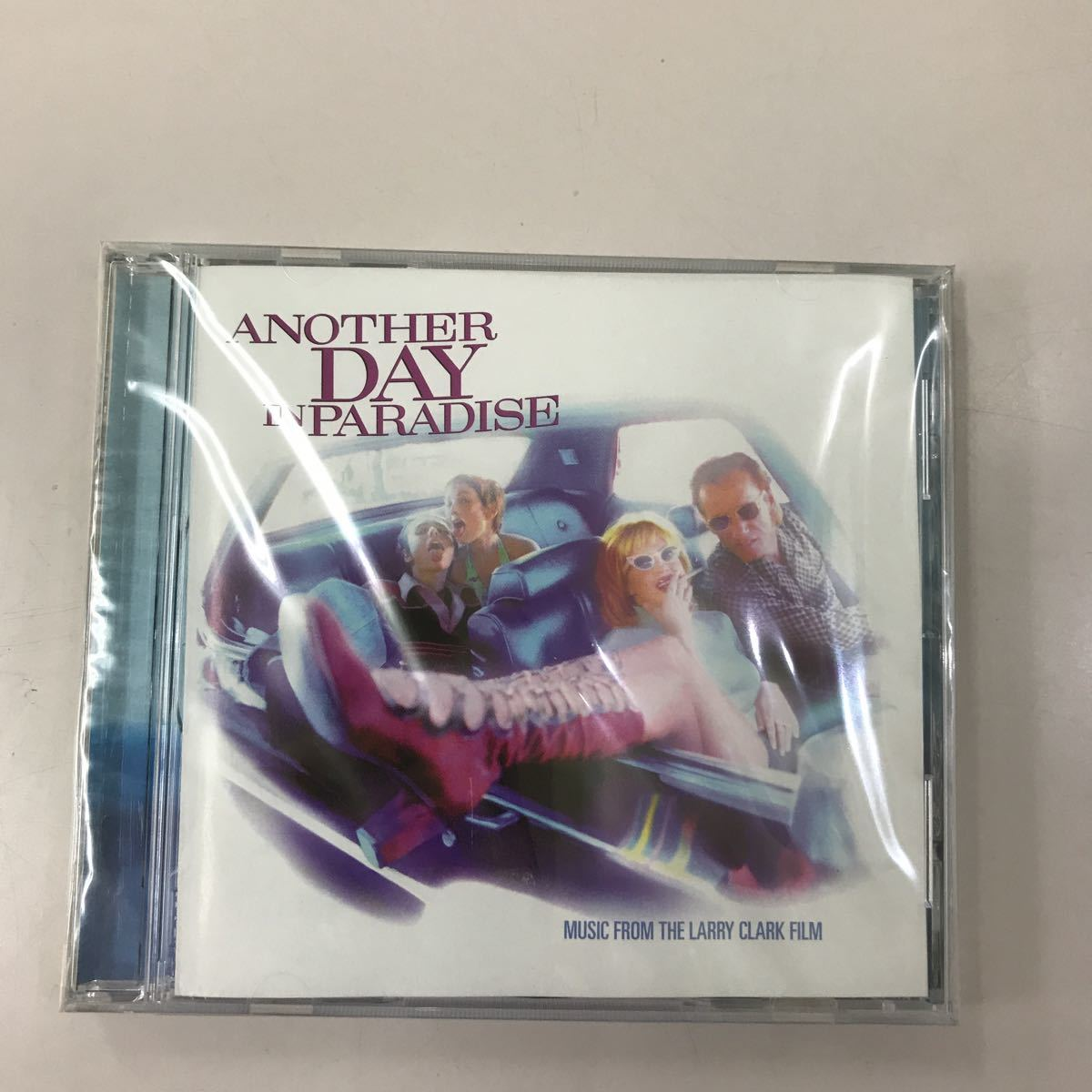 CD 未開封【洋楽】長期保存品 ANOTHER DAY IN PARADISE