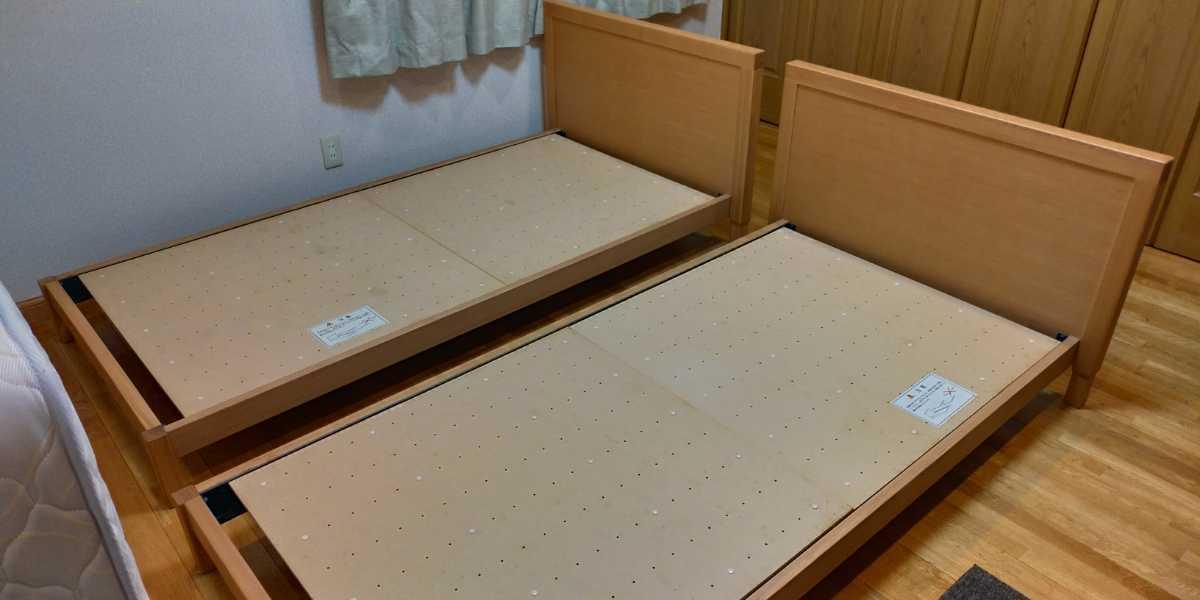 旭川家具 シングルベッド 2台セット カンディハウス 直接引き取り限定 USED マットレス付き_画像2