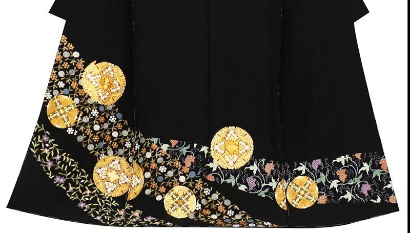 ※お仕立付!京友禅伝統工芸手描き染、手刺繍、本金加工☆特撰黒留袖☆唐草文様に王朝丸華文☆トールサイズ仕様【即決価格】_画像3