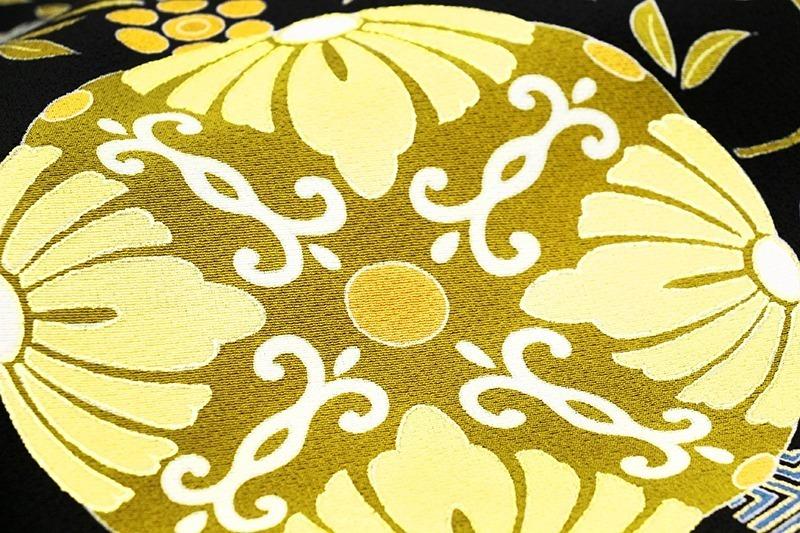 ※お仕立付!京友禅伝統工芸手描き染、手刺繍、本金加工☆特撰黒留袖☆唐草文様に王朝丸華文☆トールサイズ仕様【即決価格】_画像6