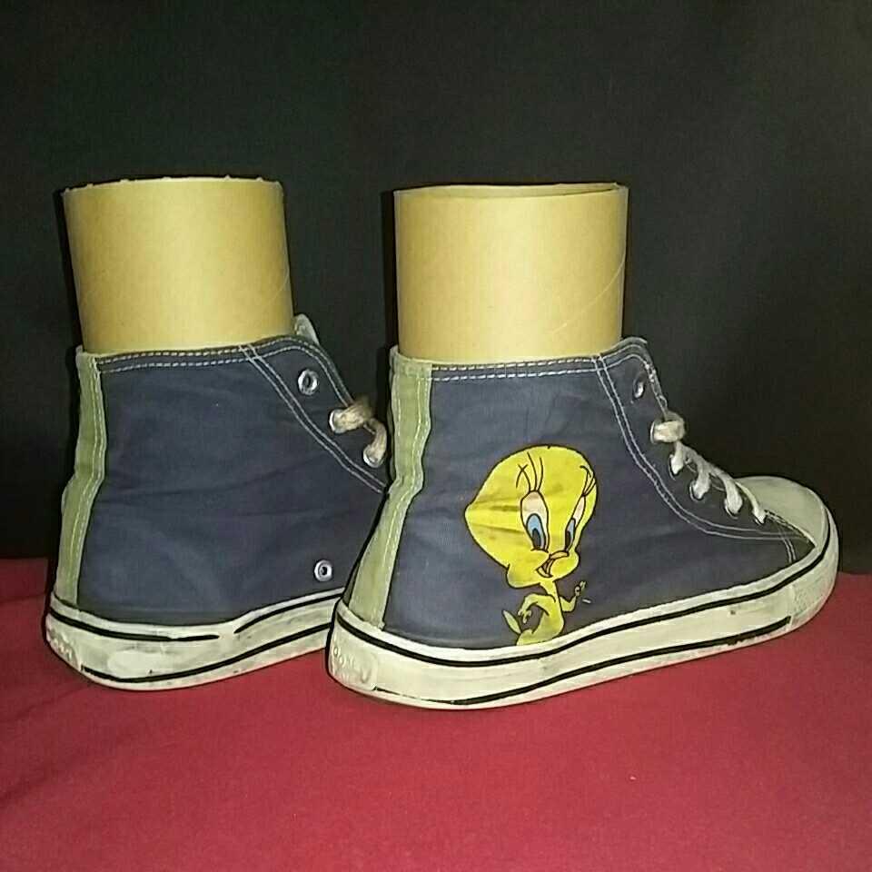 Tweety トゥイーティー LOONEY TUNES ルーニー テューンズ ハイカットスニーカー 表記 10 アウトソール約28cm シューズ スニーカー 靴 _画像4