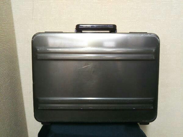 スーツケース ZERO HALLIBURTON アタッシュケース/GRY/無地 ブリーフケース バード ゼロハリバートン カーキ_画像2