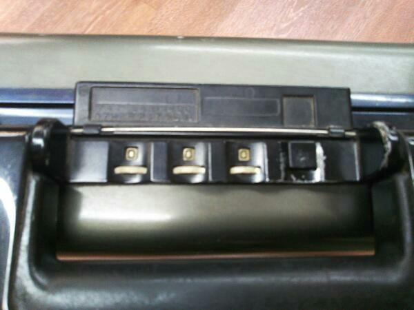 スーツケース ZERO HALLIBURTON アタッシュケース/GRY/無地 ブリーフケース バード ゼロハリバートン カーキ_画像5