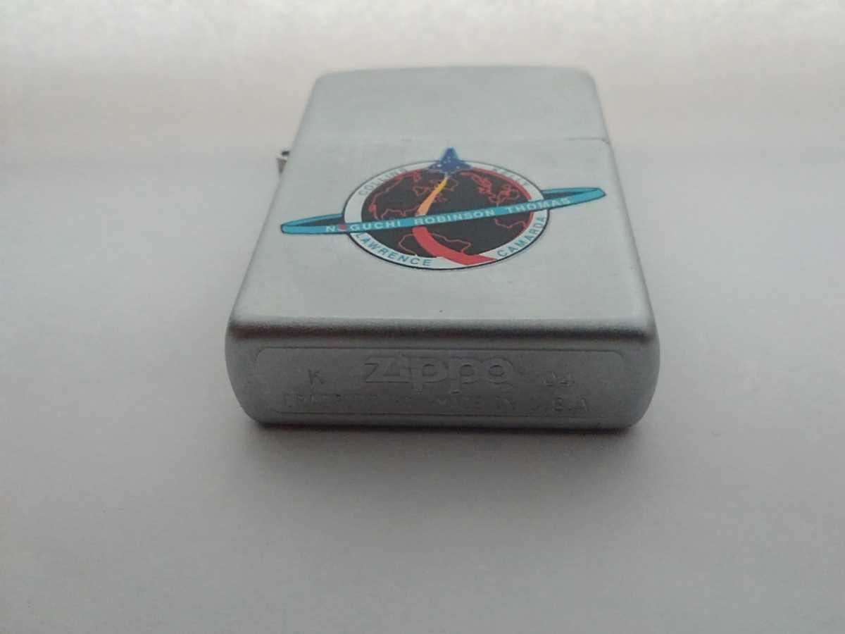 超良柄!!NASAスペースシャトルの宇宙ものZippo!!現役宇宙飛行士の野口聡一さんが初搭乗した、STS-114の超貴重ジッポー!!2004年製!_画像2