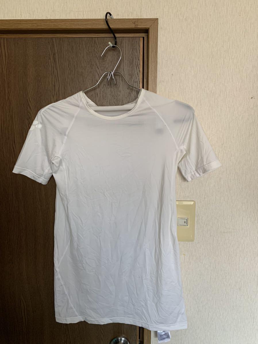 【USED】コンプレッションインナーシャツ Mサイズ ラグビー部使用