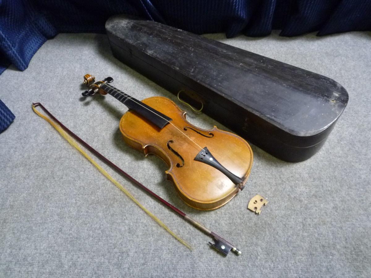 ▲ 極希少 M.SUZUKI スズキ A3010 バイオリン 木製ハードケース付 ▲_画像2