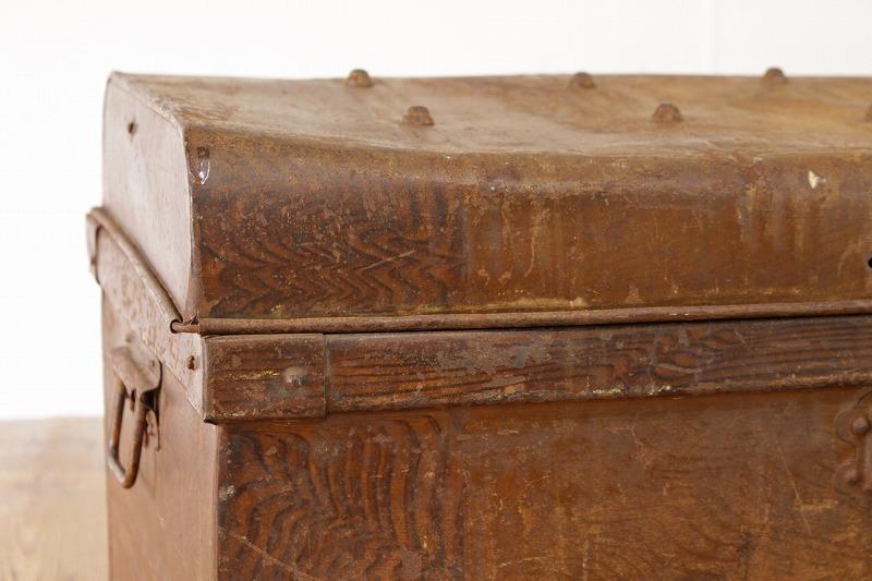 US ビンテージ アイアン製 トランク 宝箱 収納 ボックス 鉄 ツールボックス アメリカ アンティーク/工具ガレージガーデニング/JAT28140_画像7