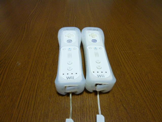 RSJ042【送料無料】Wii リモコン ジャケット ストラップ 2個セット ホワイト 白 (動作良好 クリーニング済)