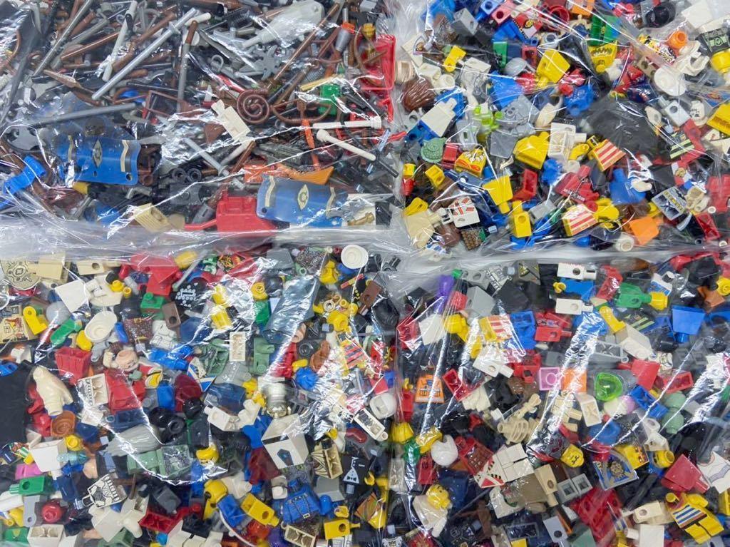 ☆超大量☆ レゴ ミニフィグ パーツ 小物 約1キロ スターウォーズ ニンジャゴー お城シリーズ 南海の勇者 など ( LEGO 人形_画像1