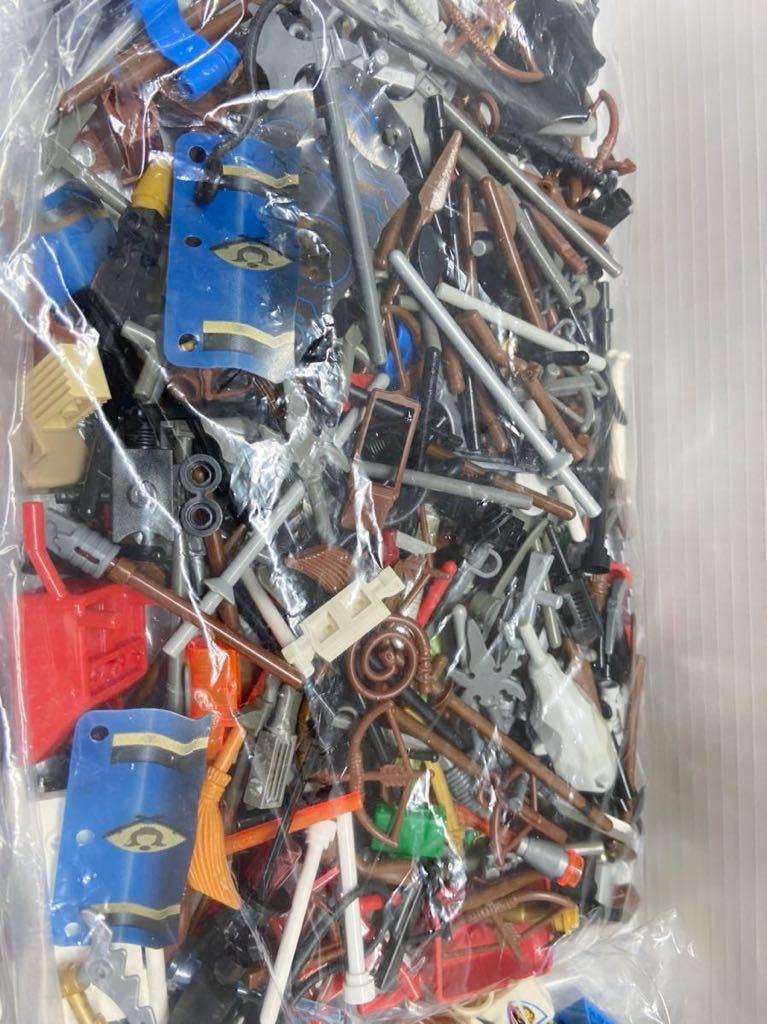 ☆超大量☆ レゴ ミニフィグ パーツ 小物 約1キロ スターウォーズ ニンジャゴー お城シリーズ 南海の勇者 など ( LEGO 人形_画像5