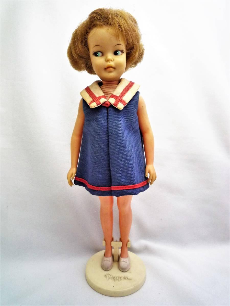 ビンテージ 1964年 アイデアルの着せ替え人形 ペッパーちゃん 洋服2点と小物あり 中古 日本製_画像2