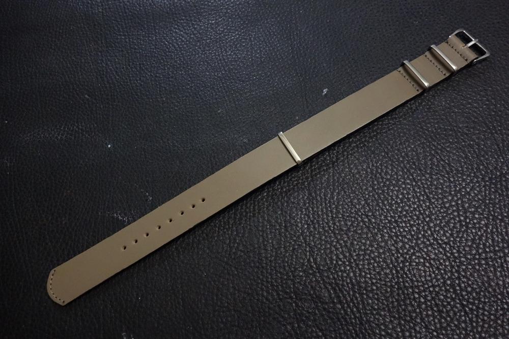 ◆レザーNATO G10ストラップ◆ オイルドカーフレザー カーキ 22mm 強力撥水 新品 日本製 本革 ミリタリー ブレスレット 腕時計ベルト_画像1