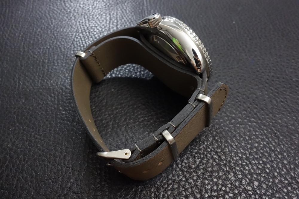 ◆レザーNATO G10ストラップ◆ オイルドカーフレザー カーキ 22mm 強力撥水 新品 日本製 本革 ミリタリー ブレスレット 腕時計ベルト_画像6