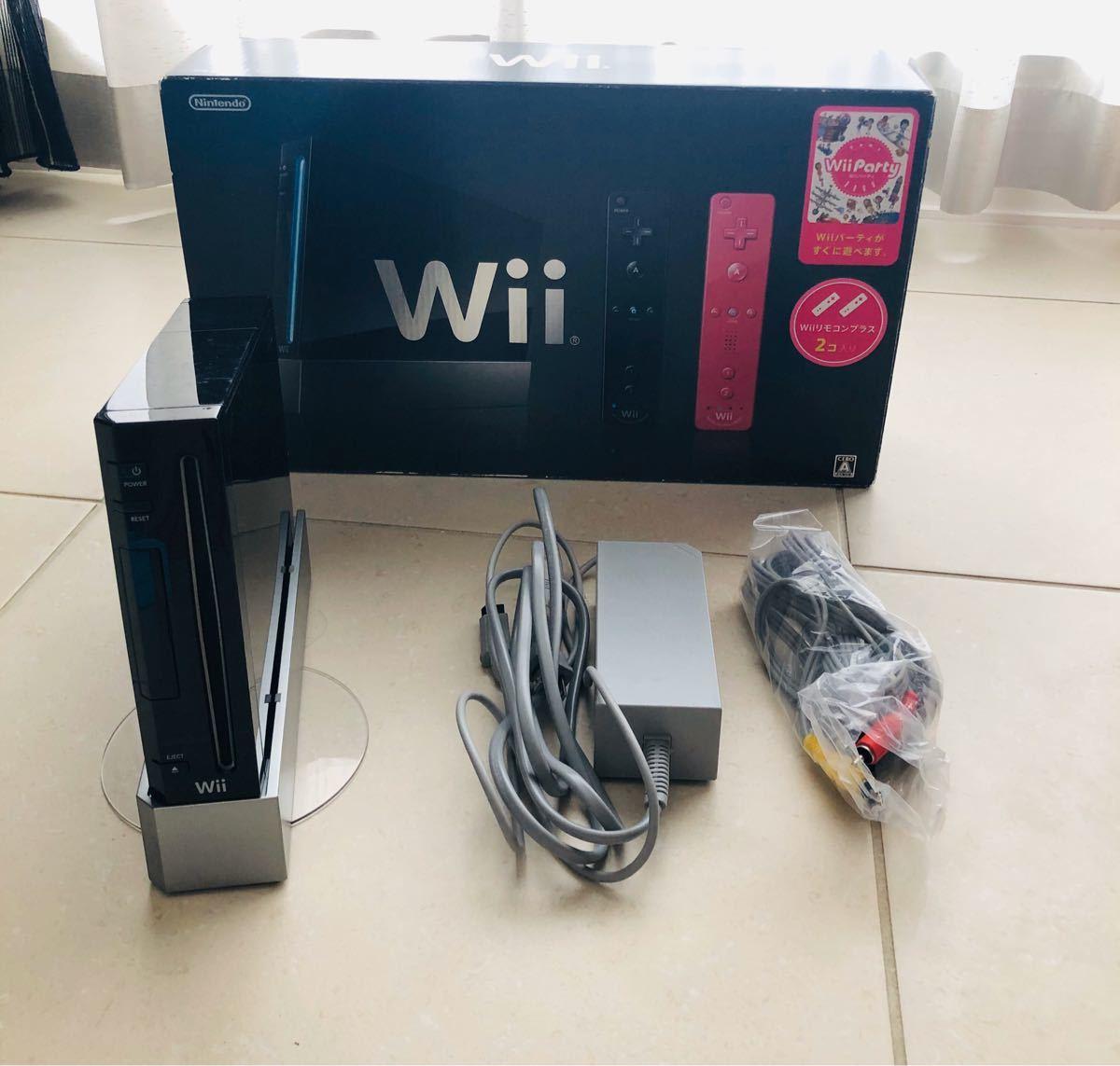 wii本体 ソフト2本  (リモコン センサーバーなし)