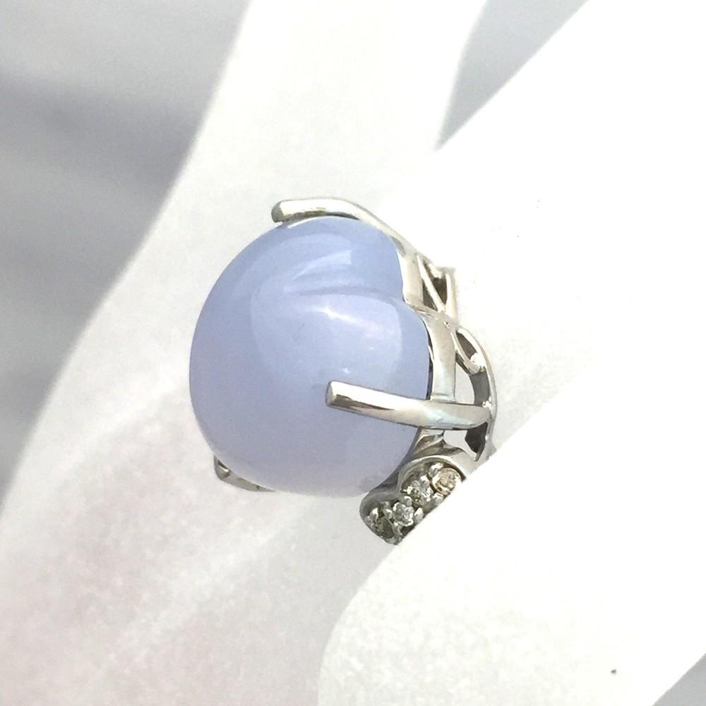 【中古美品】K18WG ブルー・カルセドニー ダイヤ ファッションリング 指輪 BK12.83ct D0.16ct 10号_画像9
