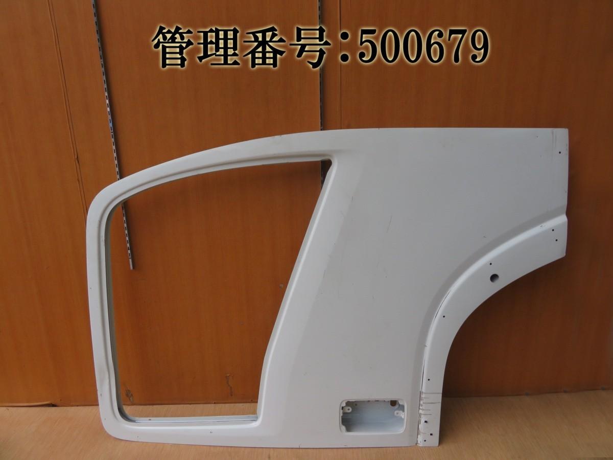 フォワード FRR90 白系 右フロントドア/運転席ドア/右前ドア_画像1