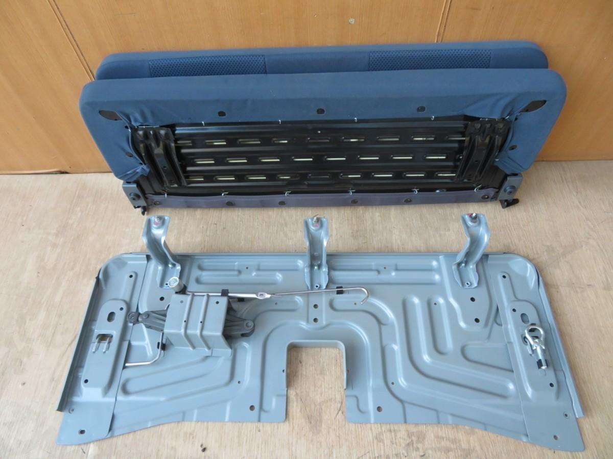 H27 ハイゼット S321V リアシート/Rシート_画像3