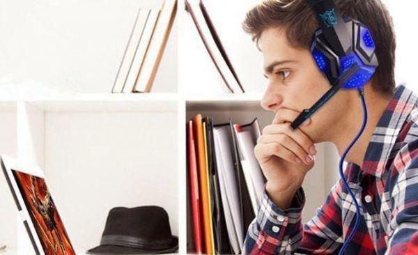 h229 ゲーミングステレオヘッドホン ゲーム ヘッドセット 高音質 マイク LEDライト 快適装着 PC/PS4/XBOX_画像1