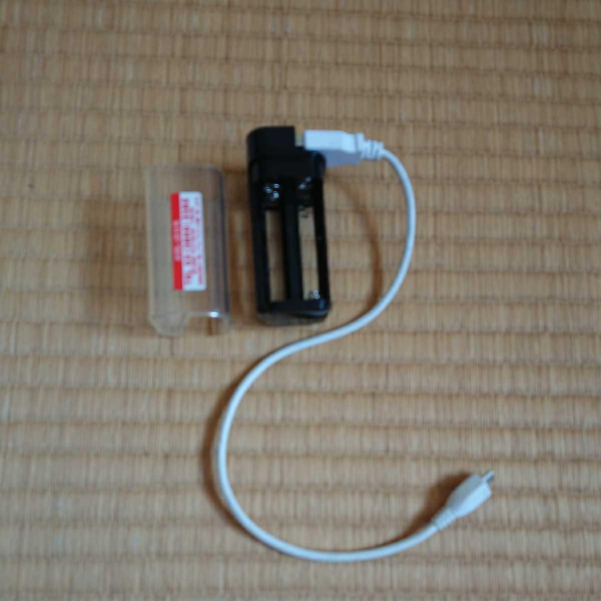 非常用 USB充電器 単3乾電池 4本使用_画像3