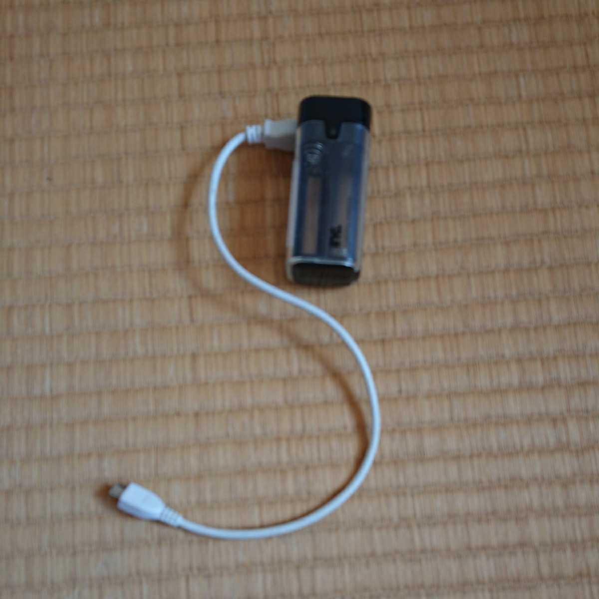 非常用 USB充電器 単3乾電池 4本使用_画像1