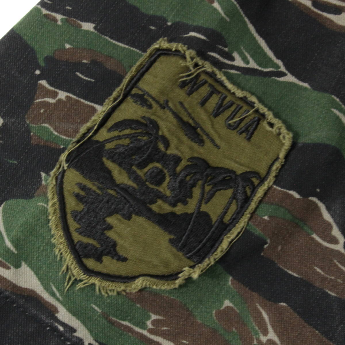 【即完売】WTAPS 17SS BUDS SS JUNGLE SHIRT TIGER STRIPE オーバーサイズ ミリタリーシャツ 1 S タイガーカモ 迷彩 ダブルタップス_画像5