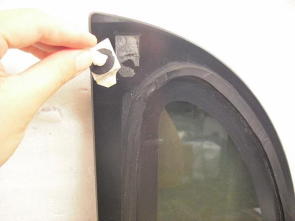 タント L375S クォーターガラス 右 中古品[H202-13170]_画像2