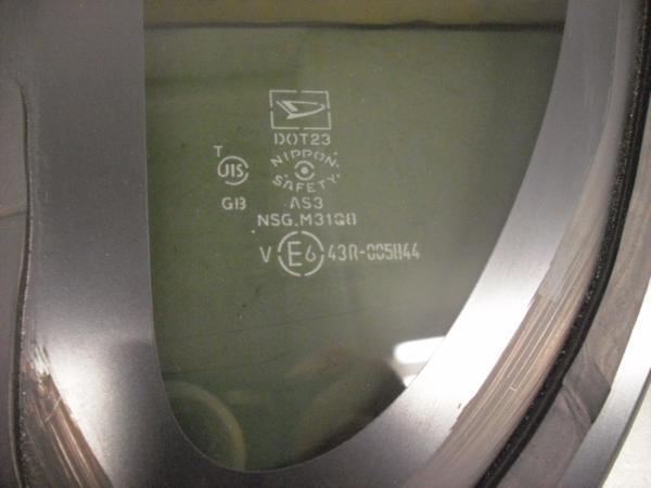 タント L375S クォーターガラス 右 中古品[H202-13170]_画像3