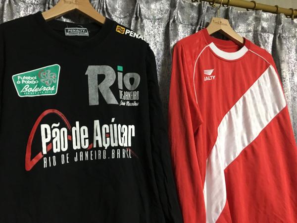 ペナルティ PENALTY ユニフォーム ロンT シャツ サッカー フットサル S~M L 赤 黒 2枚セット 長袖 ゲームシャツ プラシャツ Tシャツ_画像3