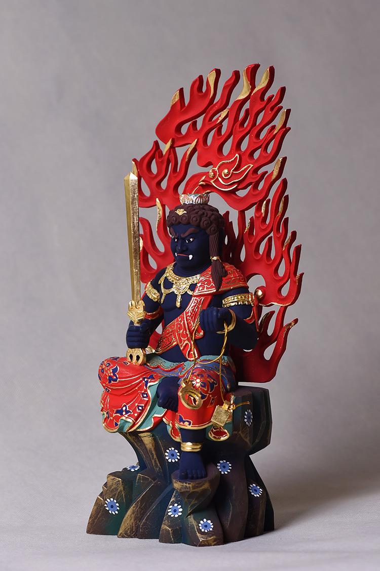 極上珍品 仏教美術 唐密仏像 不動明王像 24K金箔 椴木精彫 木彫仏像 _画像4