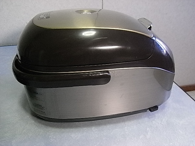 タイガー 土鍋 IH炊飯ジャー(炊きたて) 3合 0.54L JKM-G550T Used 取説付_画像8