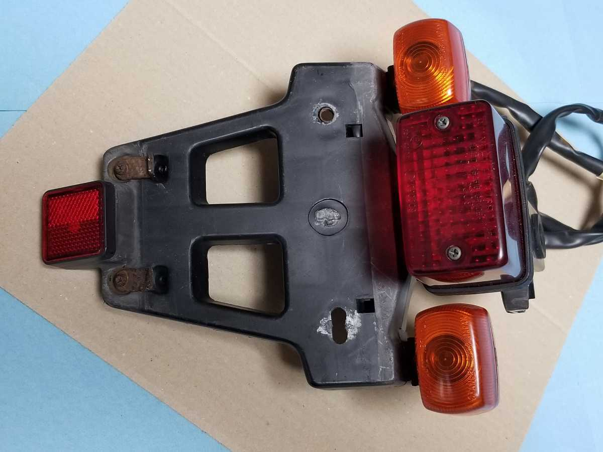 FTR250 MD17 リアテール assy 中古品 FTR223にも HONDA FTR ウインカー ブレーキランプ 点灯確認済_画像7