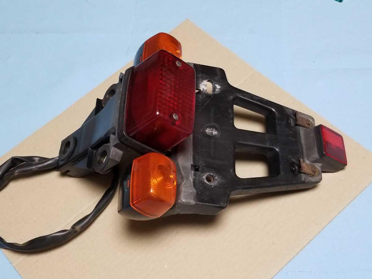 FTR250 MD17 リアテール assy 中古品 FTR223にも HONDA FTR ウインカー ブレーキランプ 点灯確認済_画像2